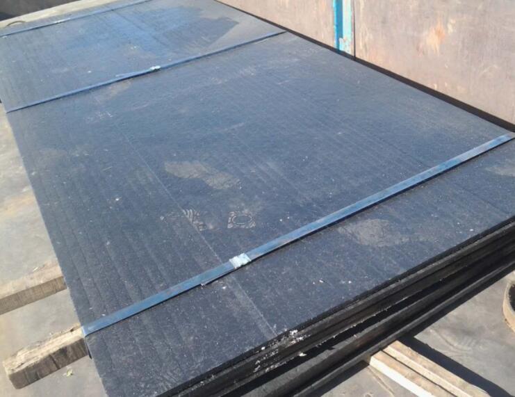 东安堆焊复合耐磨板